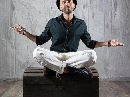 """Luci puntate sul rapper Peligro, l'autore di """"Parole al vento"""""""