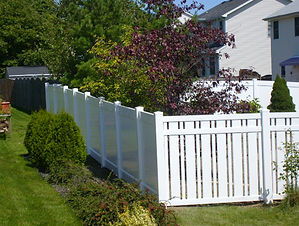 Modern-Vinyl-Picket-Fence.jpg