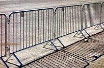 crowd barrier.jpg