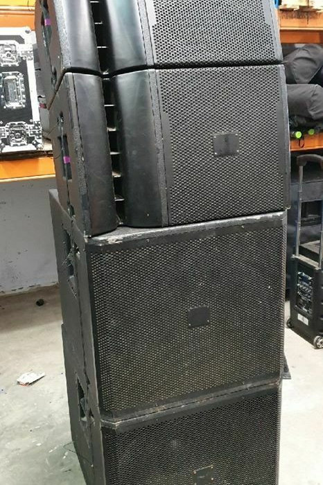 JBL VRX932LA-1 Line Array with VRX918S Subs - Roadcased