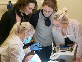 Event for dental hygienists in teeth whitening and bleaching