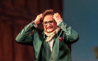 0493 Gyula Nagy as Taddeo in L'italiana