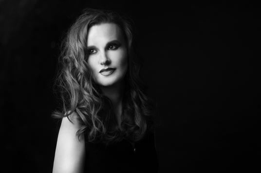 Portrait © Kitty KEMS Photography