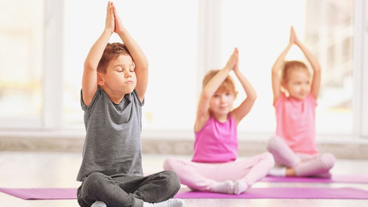 Sunshine Yoga Kids 2- 6 aos 9 anos