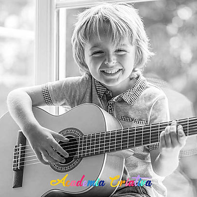 Guitarra_Crianças.jpg