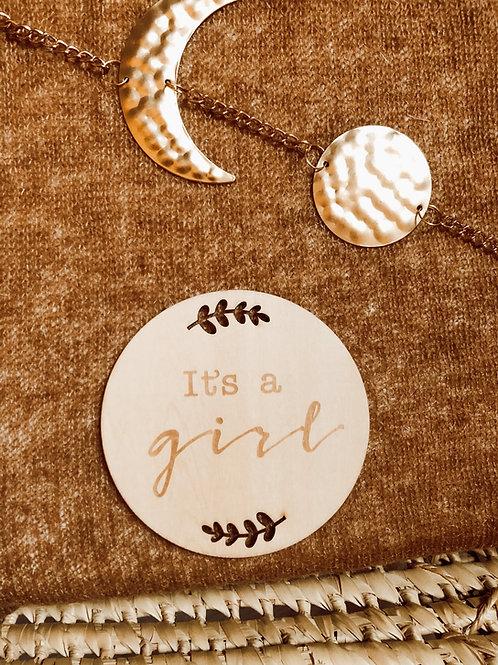 Houten schijf ' It's a girl '