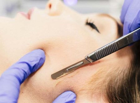 Dermaplane Facial with LED
