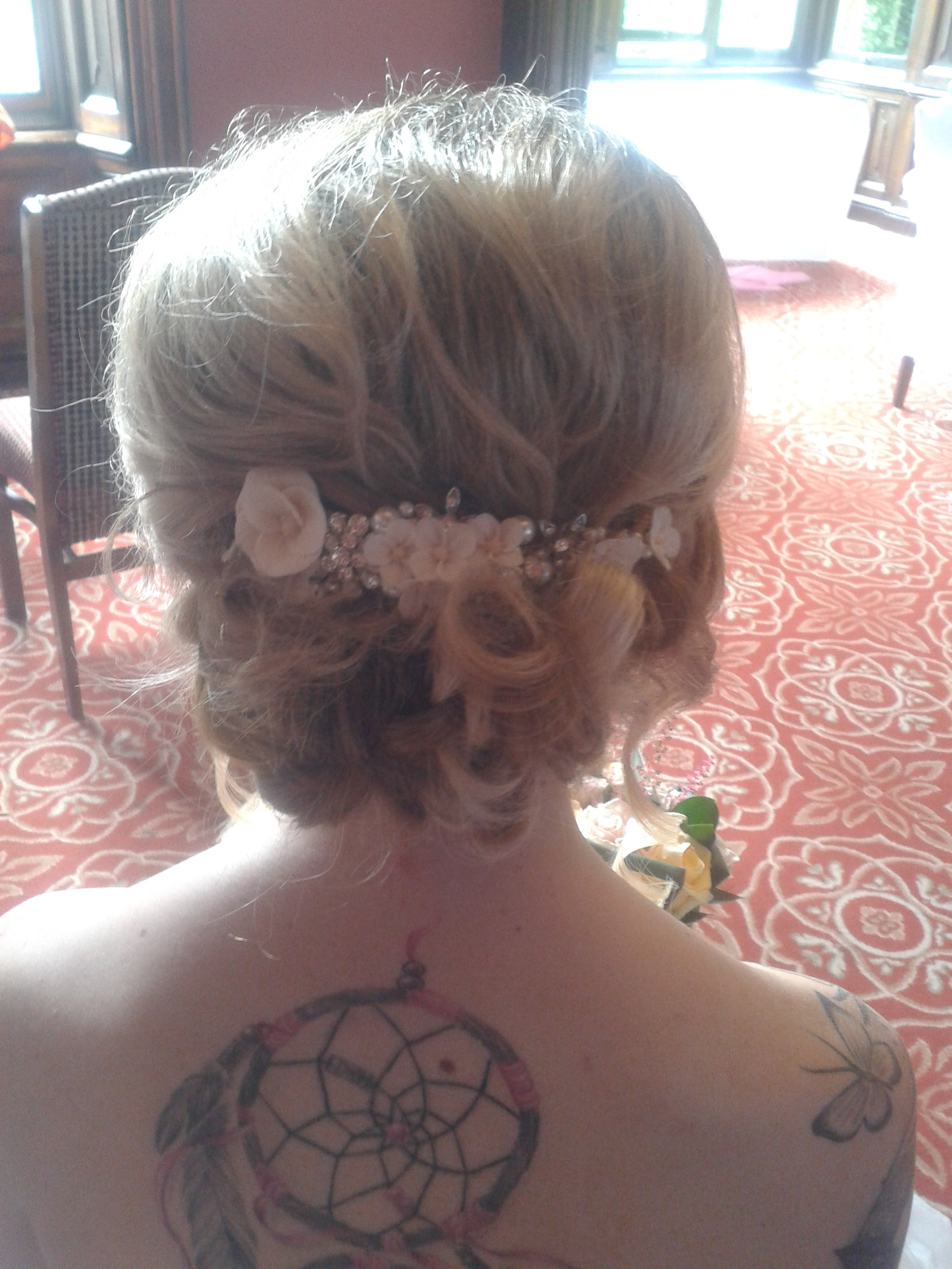 Hair styling and Hair-up