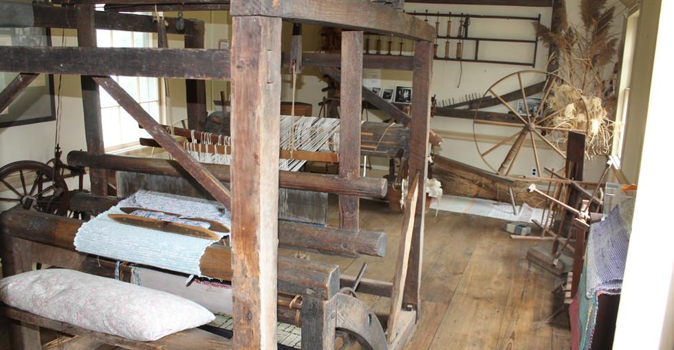 Weaving equipment in Thomas Moore house.JPG