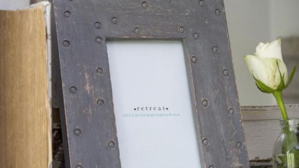 Grey spot frame