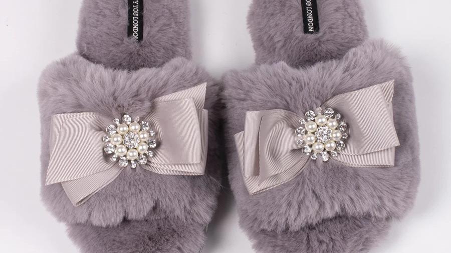 Pretty You Faux Fur Slippers