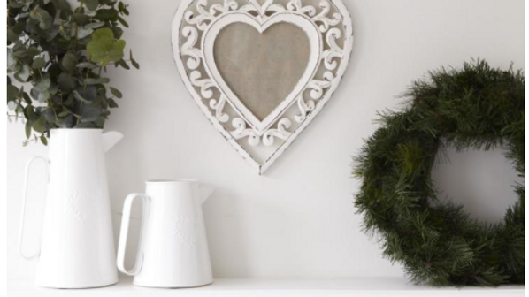 White wooden heart frame