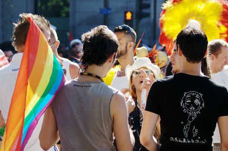 Estudiantes LGBT encuentran libertad en su colegio