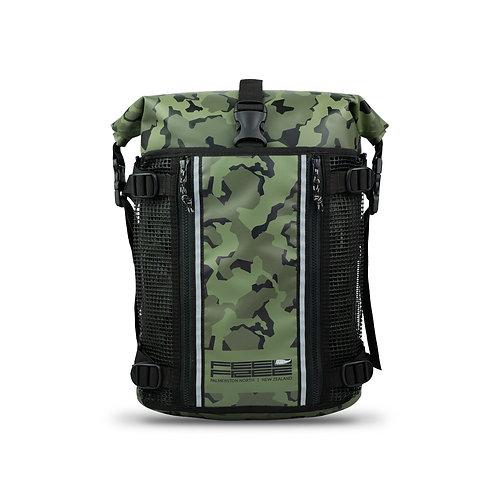 กระเป๋าเป้กันน้ำ พรีเมี่ยม FEELFREE ROADSTER UR-15 CAMO GREEN