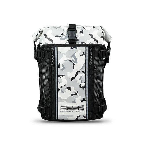 กระเป๋าเป้กันน้ำ พรีเมี่ยม FEELFREE ROADSTER UR-15 CAMO WHITE