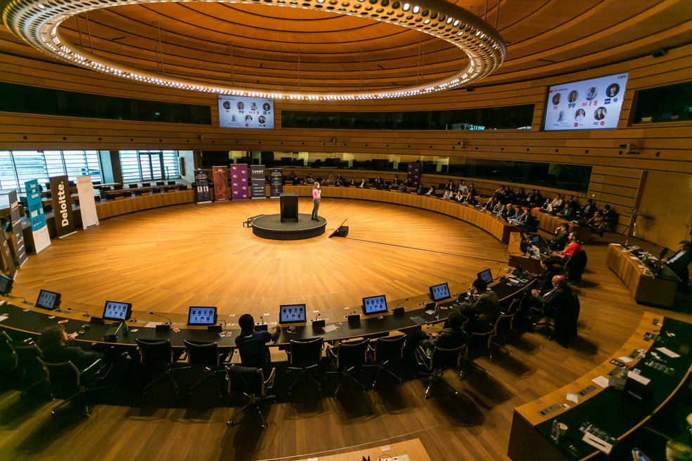 Loro wins €20k in Luxembourg, Pitch Your Startup Competition!