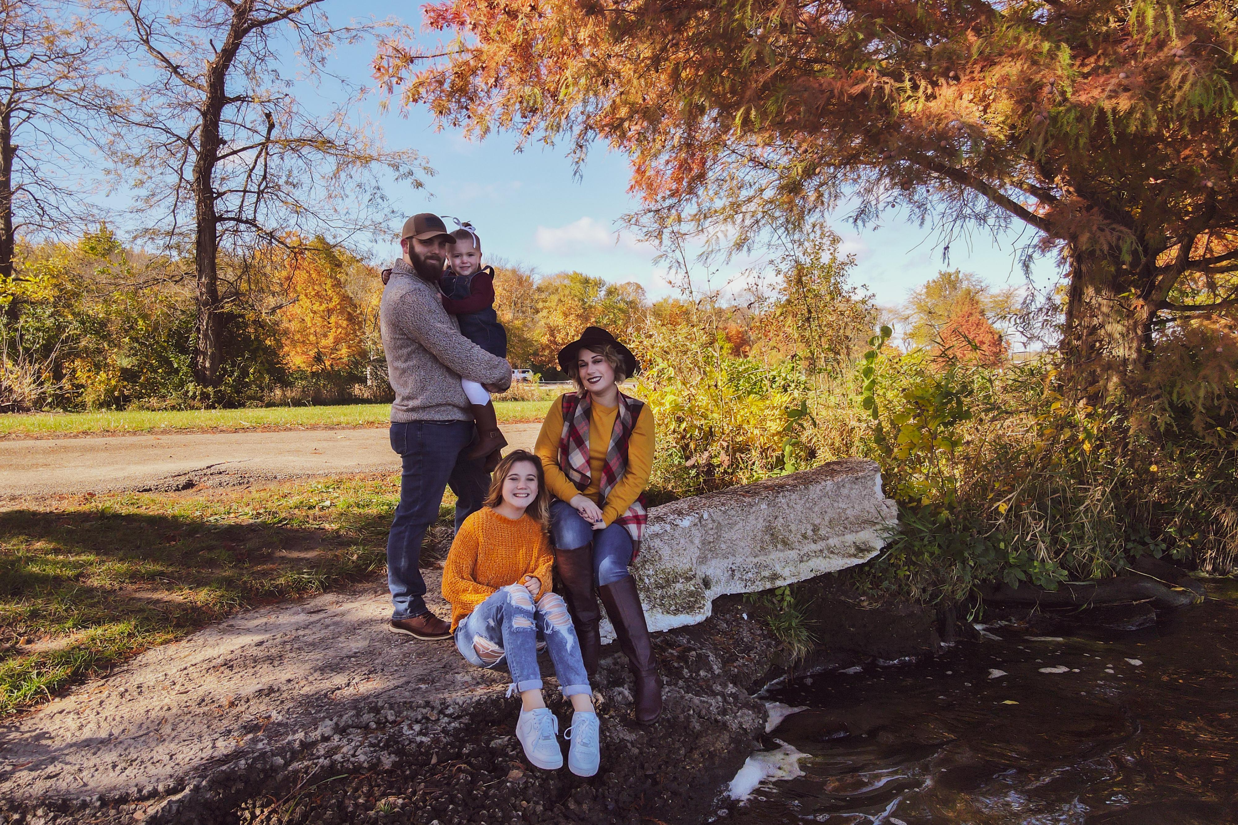 Stephanie_Kay_Fall_Family_LRE-18