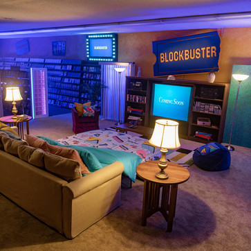 The World's Last Blockbuster Is On Airbnb For A Nostalgic 90s Sleepover