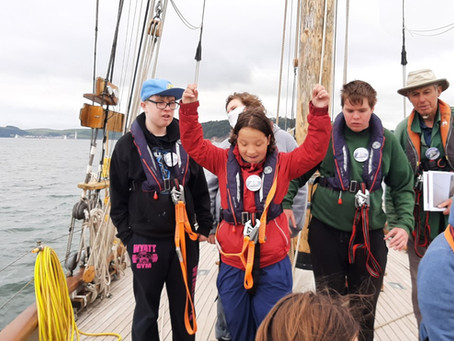 Sailing on the Tectona