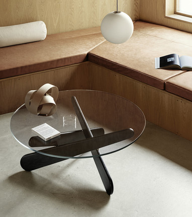 Hermann lounge table