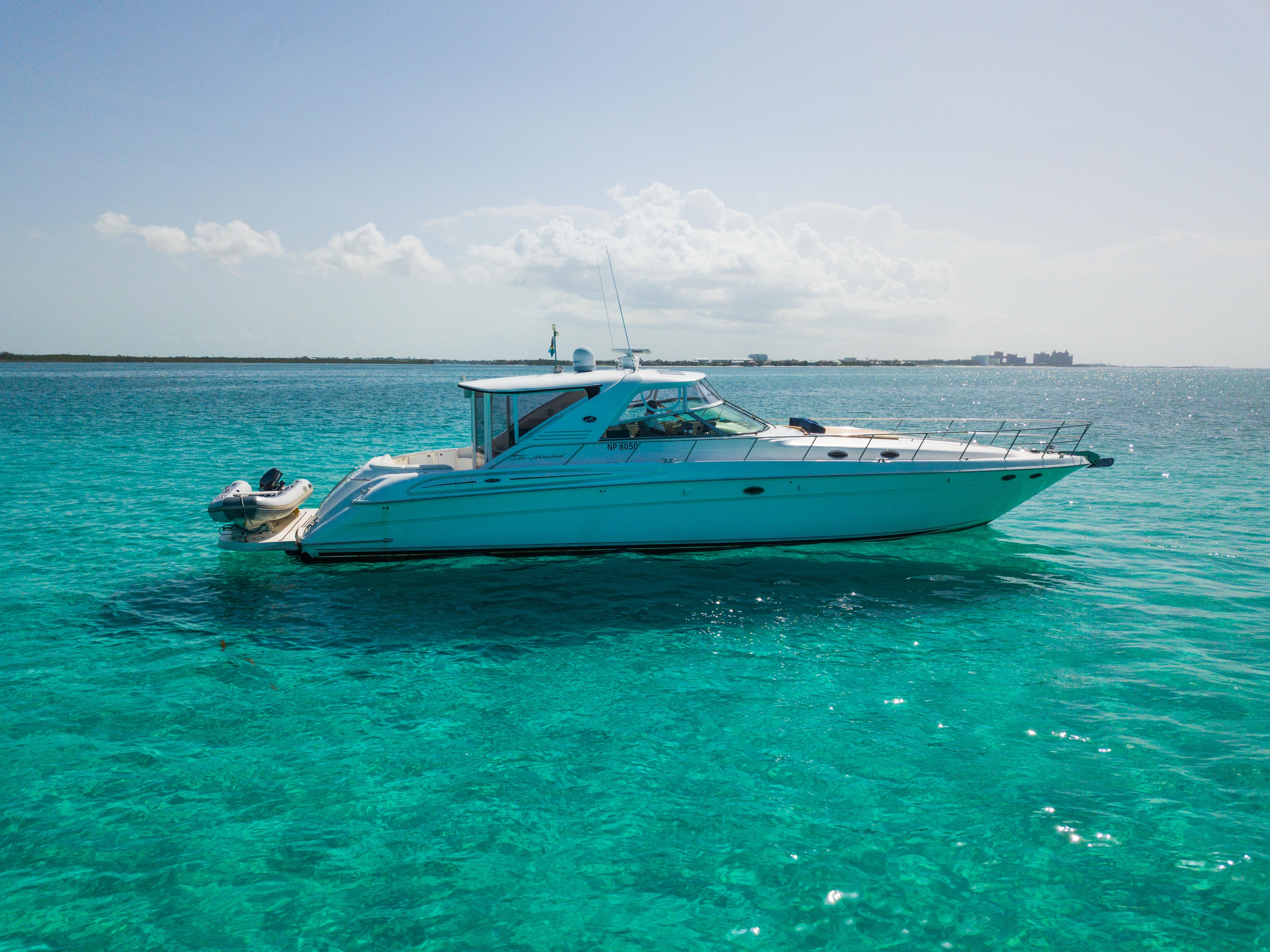 yacht charters nassau bahamas