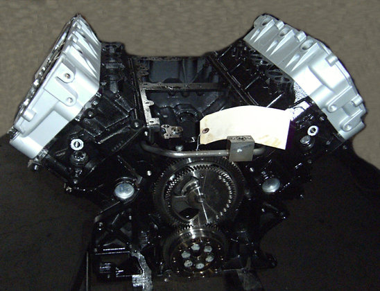 VT275 MaxxForce 5 engine