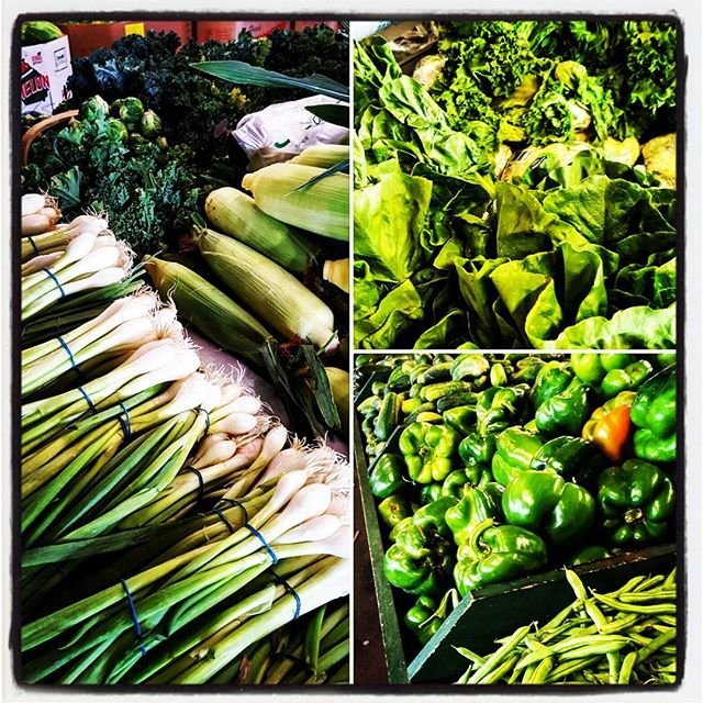 Gorgeous greens! ☺#lowcomotionatl #freshlocalfood #eatfresh #eatlocal #atlantaeats #foodtruck #foodtrucks #farmtotable