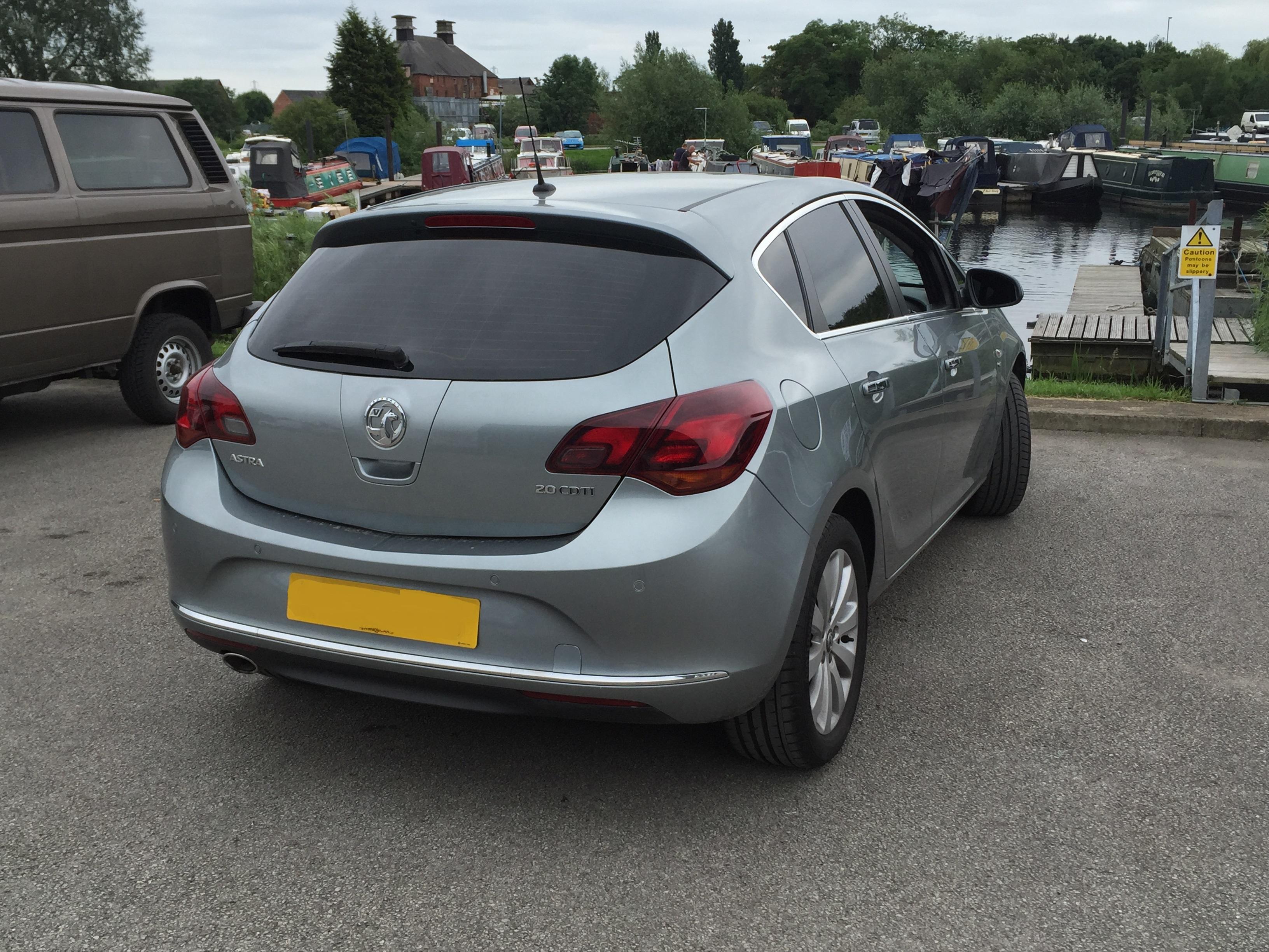 Vauxhall Astra J