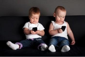 อันตรายของสมาร์ทโฟนที่มีต่อดวงตาของเรา