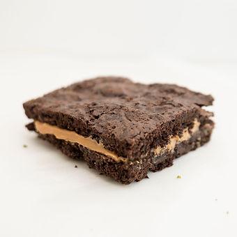 peanut butter brownie.JPG