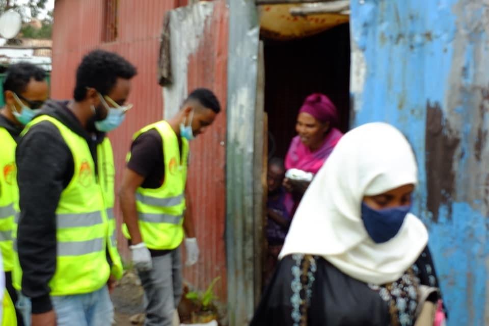 door to door feeding volunteers