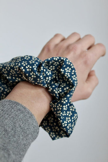chouchou créateur créatrice made in France Lyon tissu fait main handmade coiffure cheveux headband scrunchie