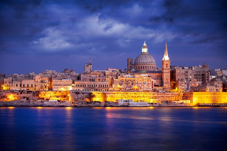 Copy-of-Malta_Valletta_Ashutterstock_411