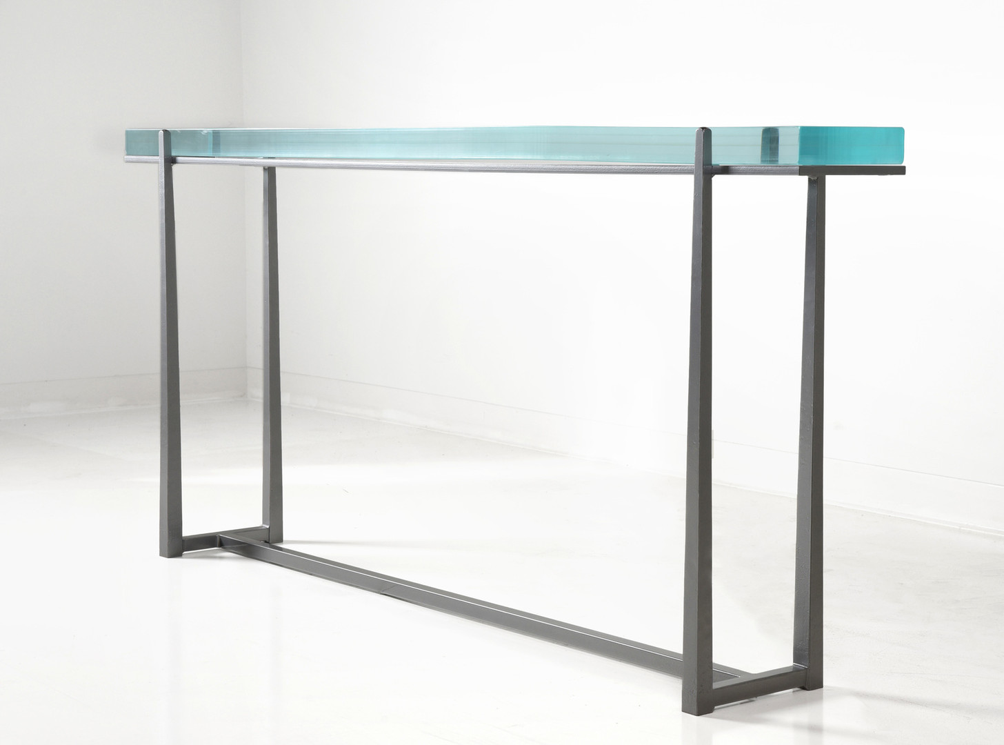 Cooper Console Fusion Glass Antique