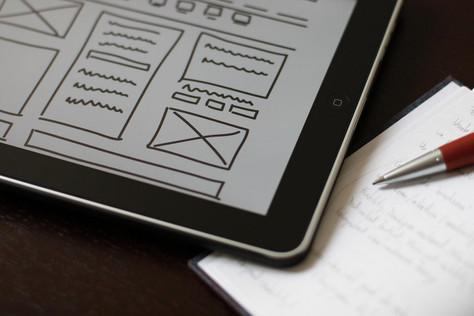 L'équipe s'étoffe d'un UX designer pour améliorer l'ergonomie de PlugStat.