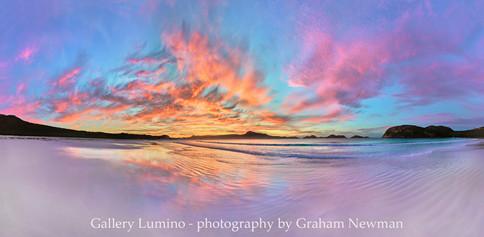 Lucky Bay Dawn (Western Australia)