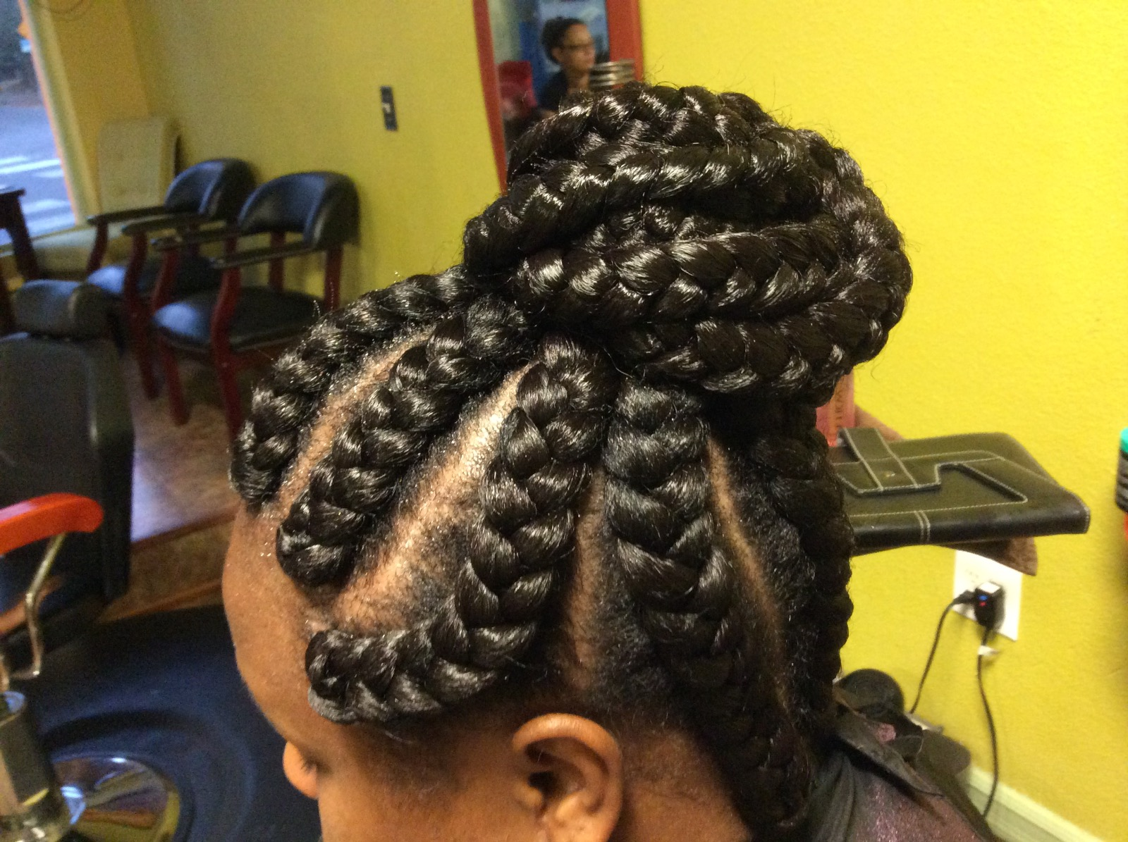 © Labelle Professional Braid Salon