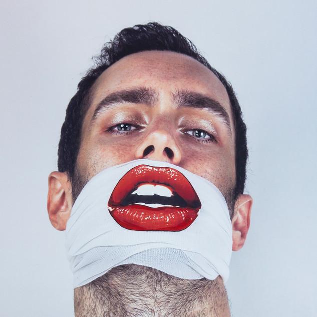 Kiss me ... (Pierre-Emmanuel)