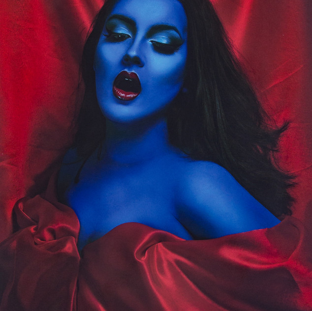 Blue ecstasy on red (Camille)