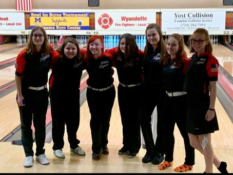 Monroe High Girls Bowling.