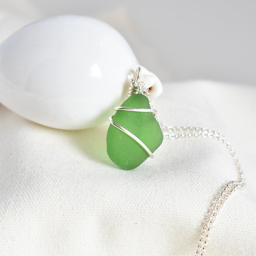 Kelly Green Beach Glass Pendant Wrapped in Fine Silver