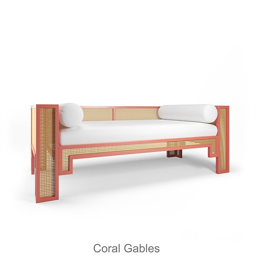 Alexandra Daybed / Trade