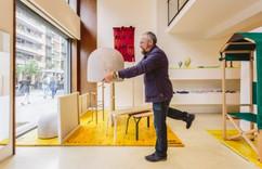 Manifesto de Giulio Iacchetti faz renascer as industrias tradicionais de mobiliário em Itália