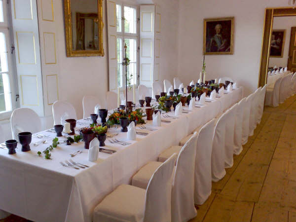 Wer lieber gepflegter tafelt, kann auch in den Fürstenzimmern feiern...