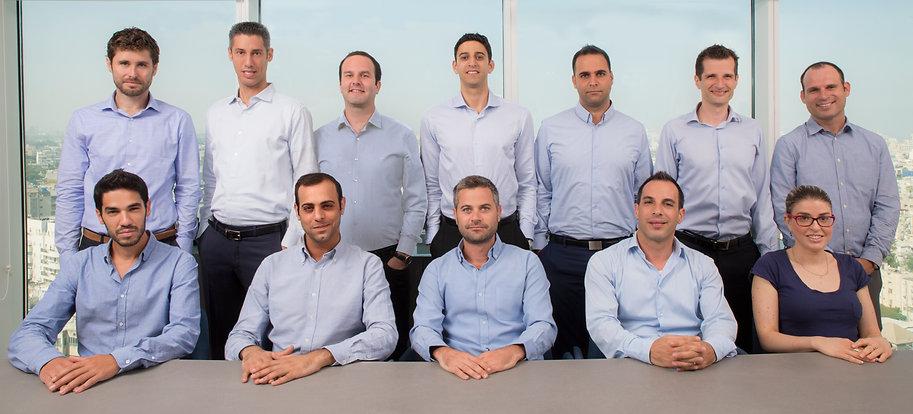 צוות המומחים
