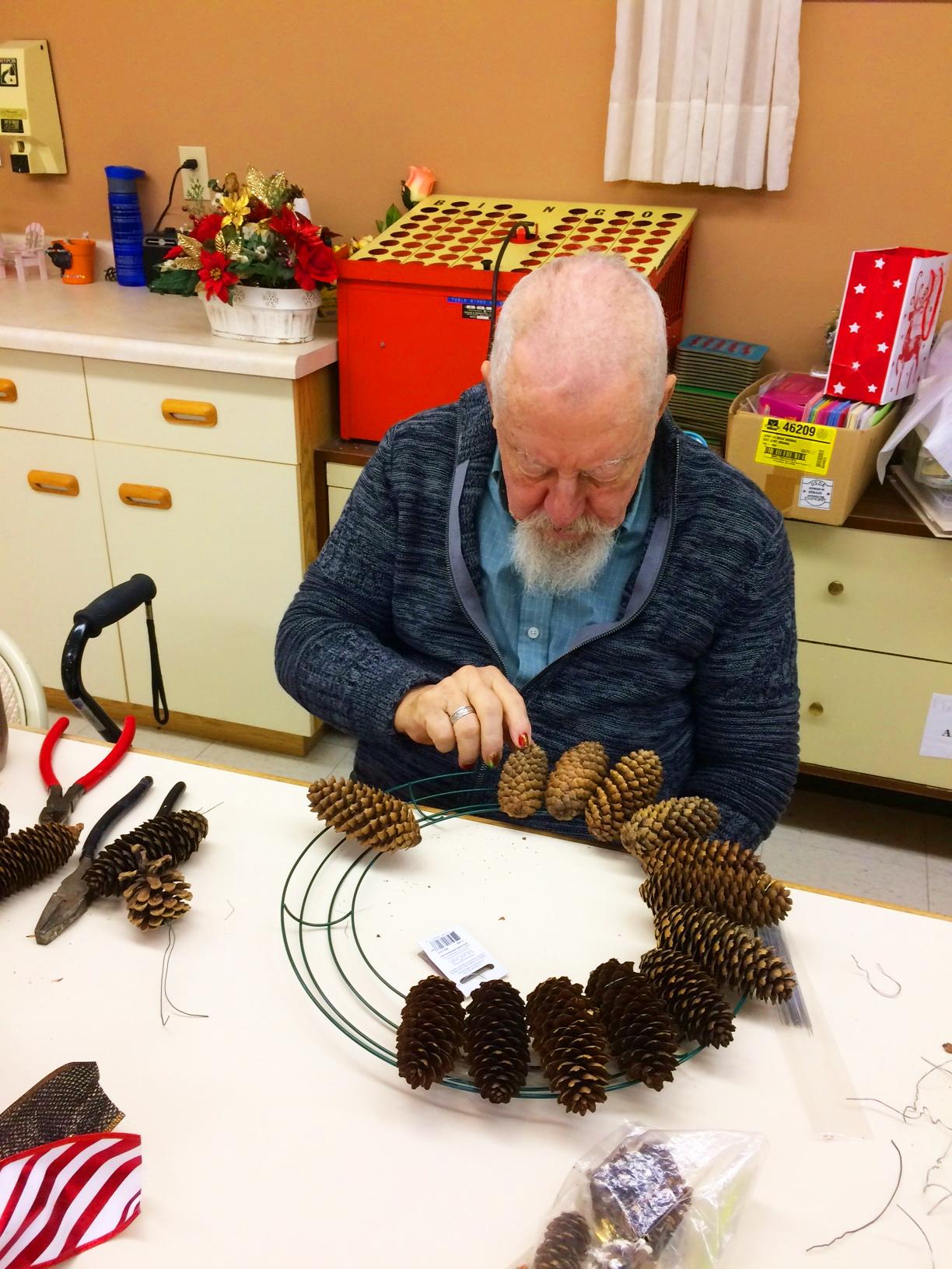 Pine cone craft Gord