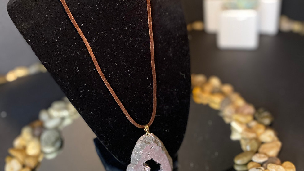 Druzy Agate Geode necklace
