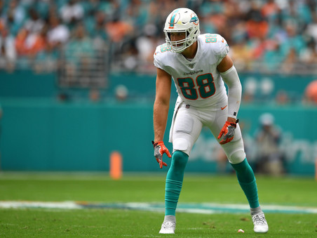 Tight Ends: Buy, Hold, & Sell