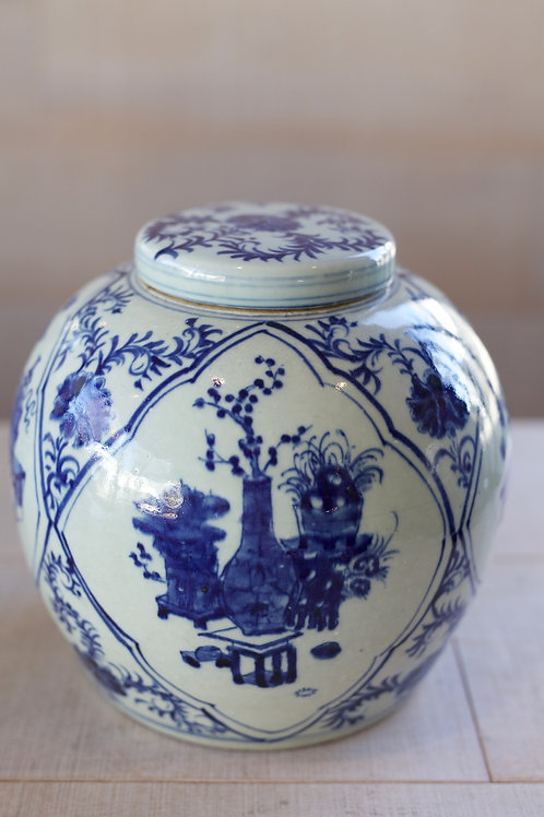 CHINOISERIE POT