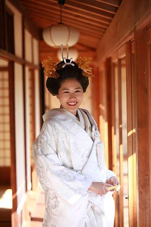 花嫁着付け | 日本髪 | 文金高島田 | 白無垢